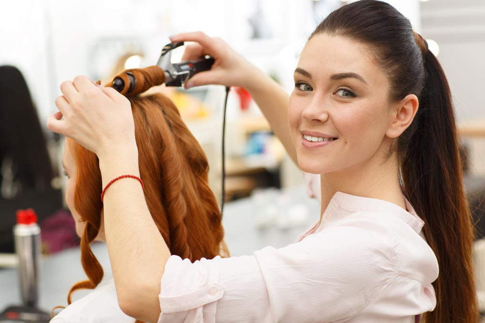 Questions You Need to Ask A Hair Stylist Before A Session